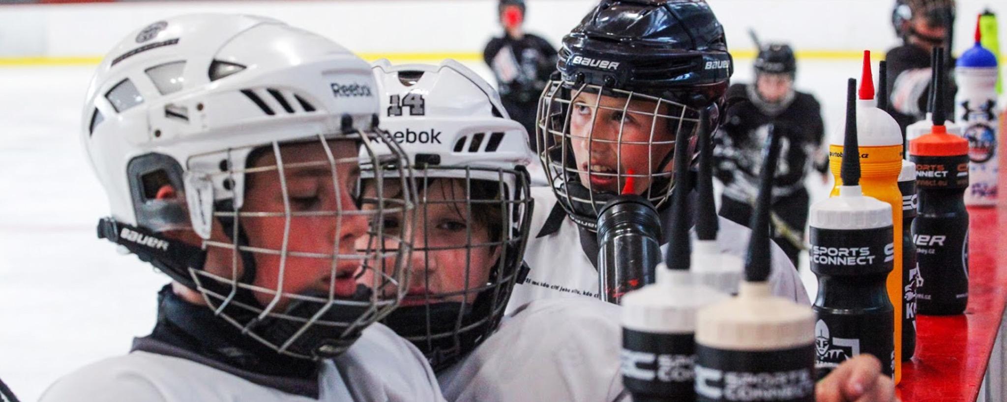 Trénovat hokejisty nás baví